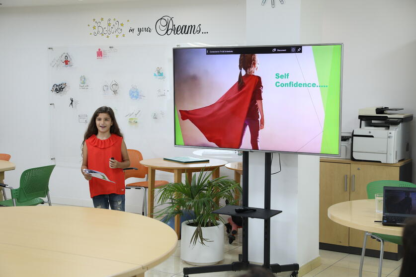 Yara Presenting About Self Confidence